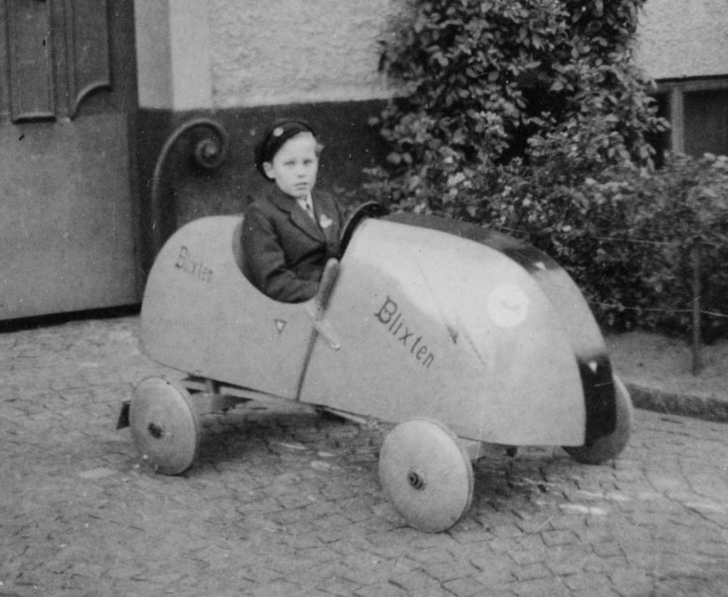 Här är samma bil som Lennart tävlade med i Uddevalla och Borås. All träning förlades till Stockholmsgatan.
